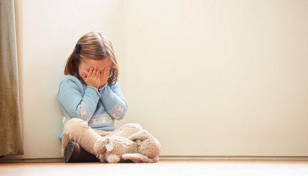Comment aider un enfant à surmonter la peur ?